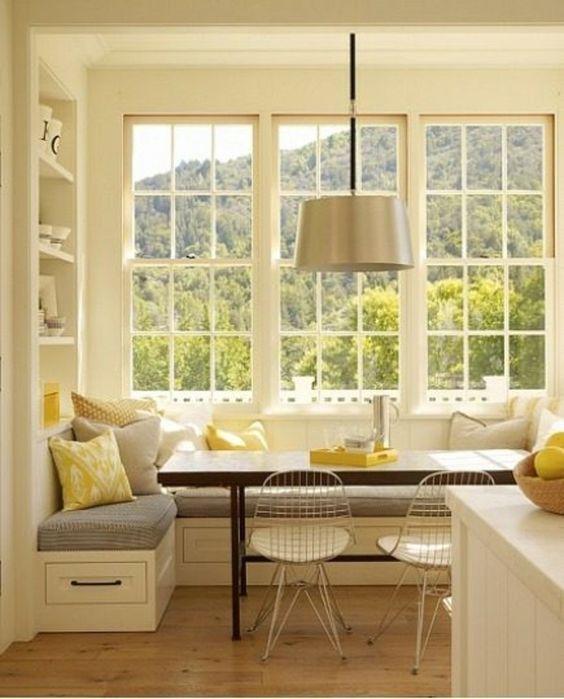 Sitzecke Stauraum Küche-gelbe Kissen #sitzecke #gemuetlichkeit ...