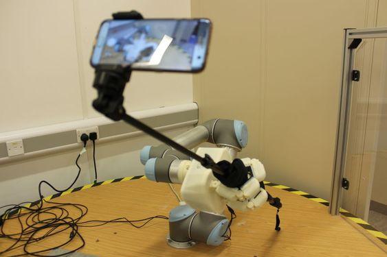 A robot taking a selfie. By Luke Cramphorn - University of Bristol