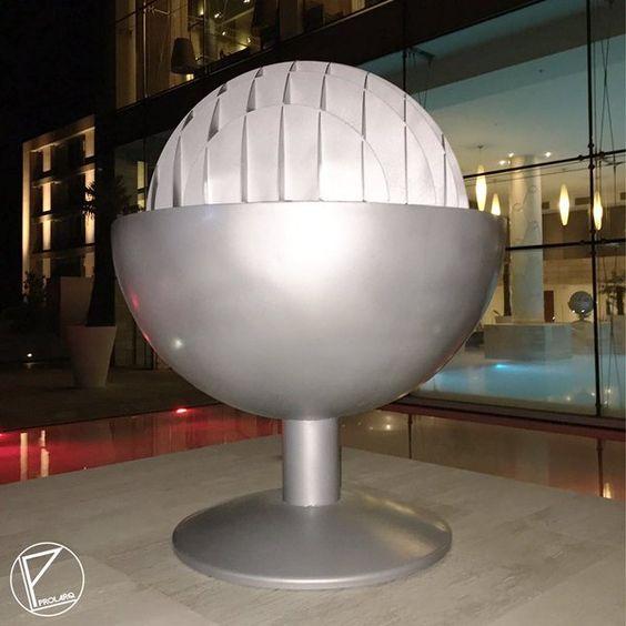 Entrega Restauración Esculturas Piscina de Hotel