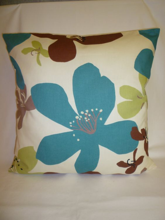 Cute Living Room Decor: Cute, Cute, Cute Pillow! Color Scheme For Living Room