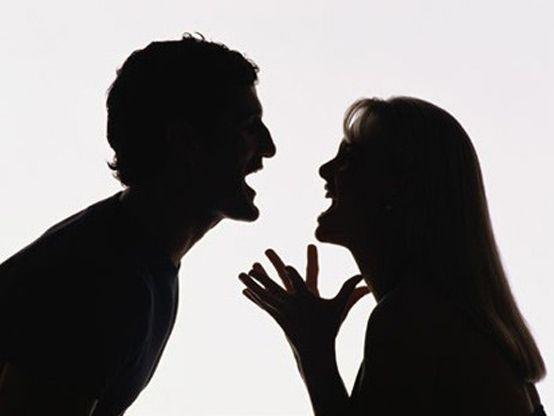 Incluso si tienes la razón sobre un tema, cuando tratas de imponer tu razón ante otro que no está de acuerdo, no importa cuánta razón tienes, esto genera mayor resistencia en contra. En otras palabras, no es hasta que dejes de imponerte  que podrás permitir que eso que tu quieres tome su lugar. - Abraham