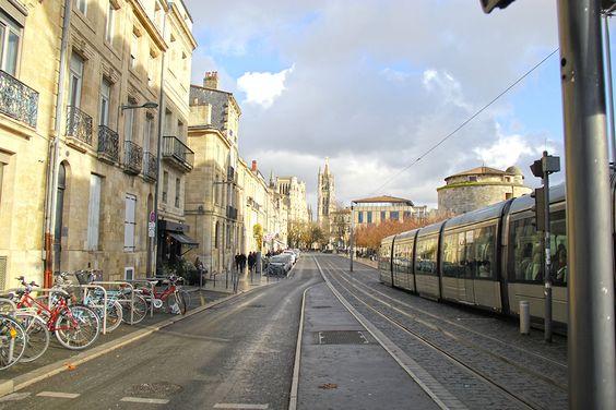 Остановка трамвая Palais de Justice