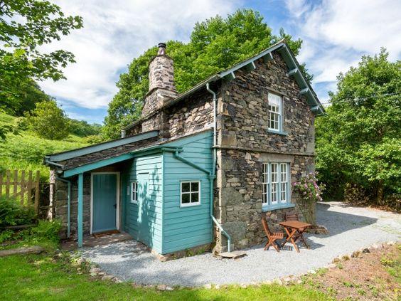 Ellwood self catering cottage for 8 people in Bridekirk near