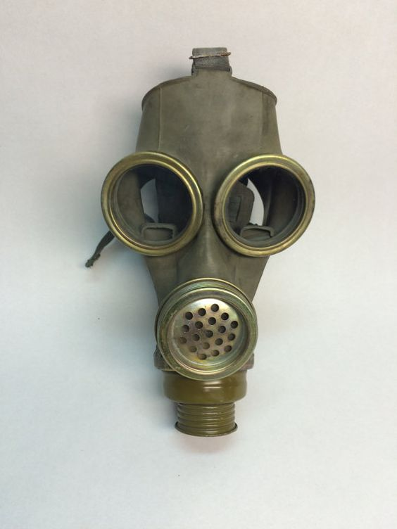 russian soviet gas mask MM1. Condition as in photo. Size 3.