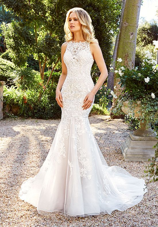 Tia H1353 This Form Fitted Moonlight Couture Wedding Dress Is The Perfect Blend Of Classy And R Form Fitting Wedding Dress Wedding Dresses Wedding Dresses Lace