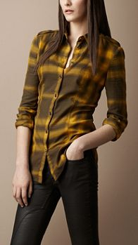 Burberry - Fitted Ombré Check Shirt: Burberry Classic, Check Lady, Burberry Fitted, Check Shirt, Burberry Women Shirts, Fitted Ombré