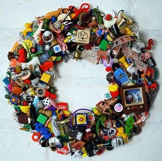 refurbish little keepsake toys in wreath for memories