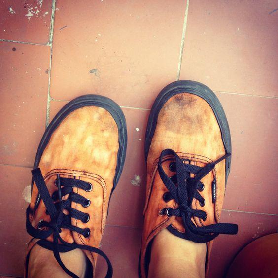 diy bleached vans sneakers diy world pinterest vans