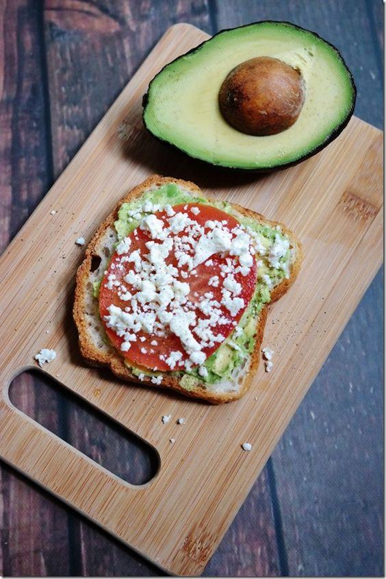 15 Simple & Delicious Ideas for Avocado Toast (via @carrotsncake)