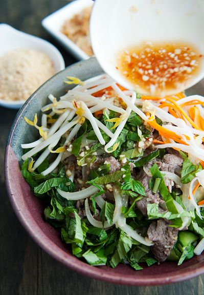 Vietnamese bun bo xao beef noodle salad recipe | use real butter. I will make this sometime(sans peanuts), this noodle salad is on my top 5 favorites! #Vietnamesefood #healthy
