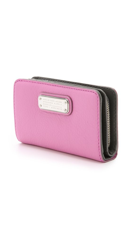 Marc by Marc Jacobs New Q Lauren Wallet