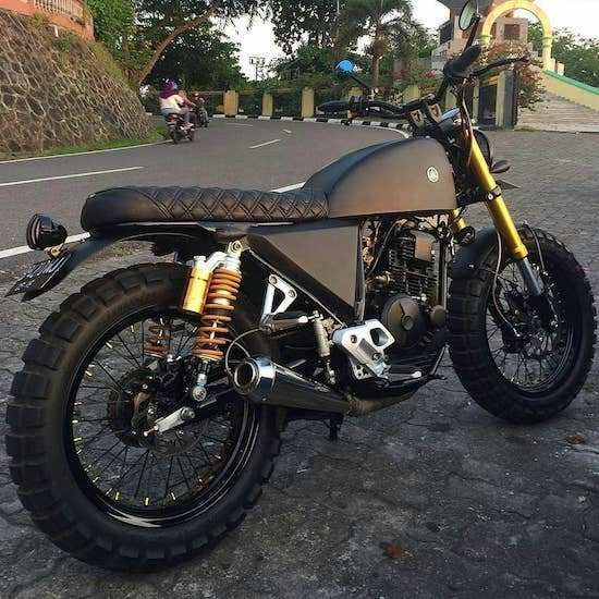 Start Your Day With Some Caffeine And Gasoline 70 Photos Suzuki Cafe Racer Cafe Racer Custom Bikes Cafe Racers