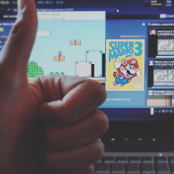 On instagram by yooplay_love.qc.and.jap #nes #microhobbit (o) http://ift.tt/1PGwMfK Mario Bros. 3   #supermariobros #mariobros #emulator #nostalgia