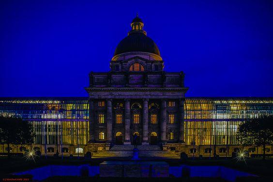 München, Hofgarten, Bayrische Staatskanzlei im Ostteil des Hofgartens   Flickr - Photo Sharing!
