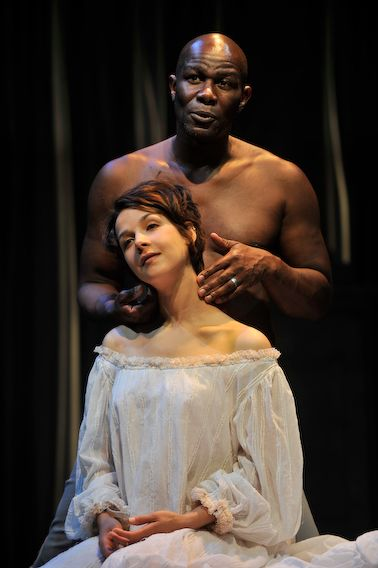 women vs men in othello essay Shakespeare uses desdemona to reveal the inherent distrust men have for women the role of women in othello related study materials essay writing prompts.