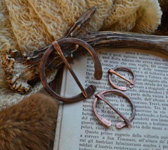 .:. Copper penannular brooch .:. I handforged this shawl pin from a really thick piece of recycled copper. This listing is for the bigger one of