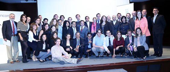 Las PyMEs sociales seleccionadas por Momentum Project 2014 de EGADE Business School exponen su plan de negocio.