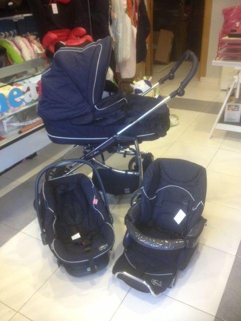 Trio bebecar color azul marino incluye capazo con cobertor grupo 0 con reductor silla con - Reductor silla paseo ...