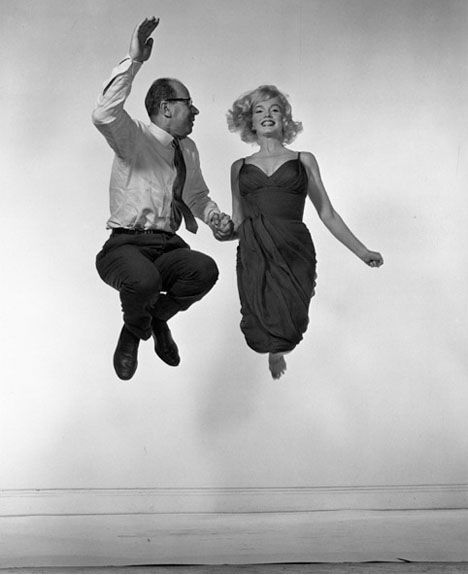 Philippe Halsman and Marilyn Monroe.