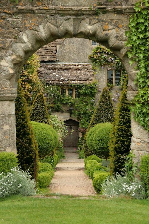 #Jardin à la #française en #Angleterre, #England