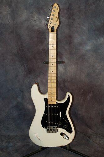 1994 Peavey Predator Strat Style Guitar Pro Setup Easy Action Hardshell Case WOW | eBay