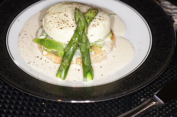 Poached Egg with Ribbon Asparagus, Leeks and White Truffle Cream ...