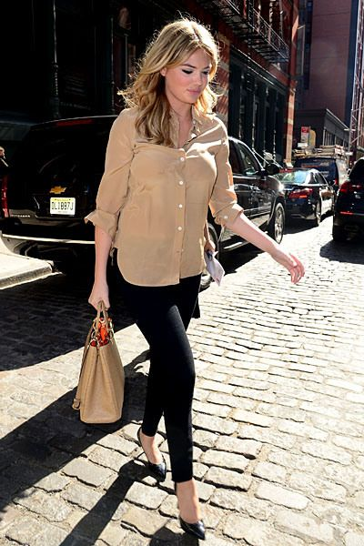 Kate Upton Carefully Negotiates The Cobblestones In Her Heels Walking To Her Car In Soho