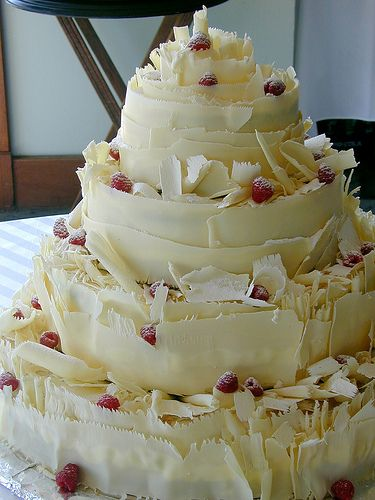 white and chocolate wedding cake the world s catalog of ideas 27203