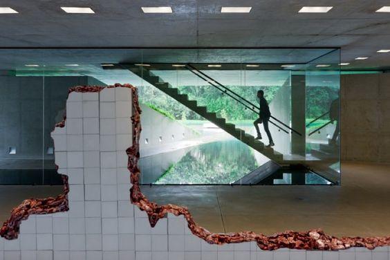 "Ground floor of Adriana Varejão Gallery by Rodrigo Cerviño Lopez, showing installation ""Linda do Rosário"" (2004-2008) by Adriana Varejão"