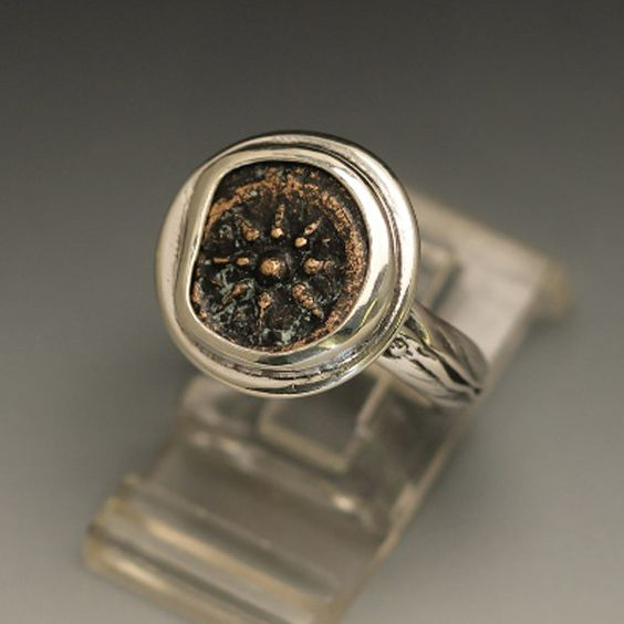 sterling silver women ring size 8 with an authentic widow by ealon, $106.00