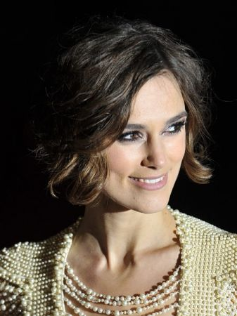 20 Flattering Hairstyles for Oval Faces - LiveAbout