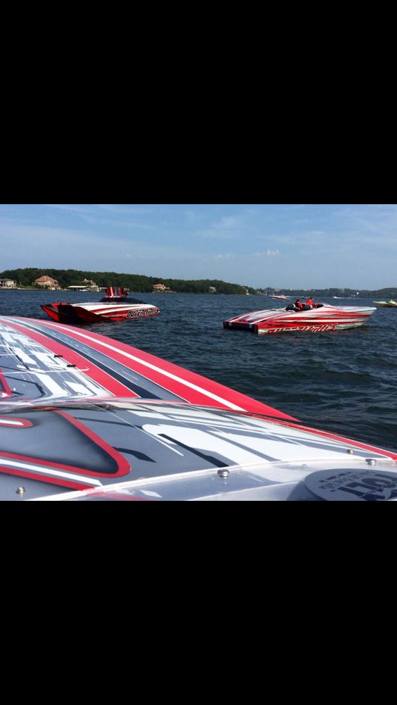Outerlimits boats my favs. RIP Mike Fiore. Innovator in the powerboat industry!