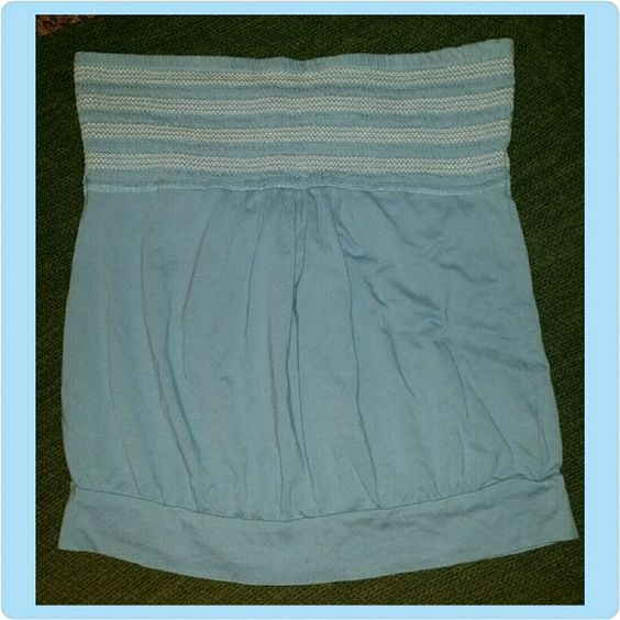 Old Navy Tube Top Powder blue Old Navy tube top with white stitching and ruching under bust line. 3rd picture shows me wearing the identical one I have in red, just for reference. Only worn once, no rips or stains. Old Navy Tops