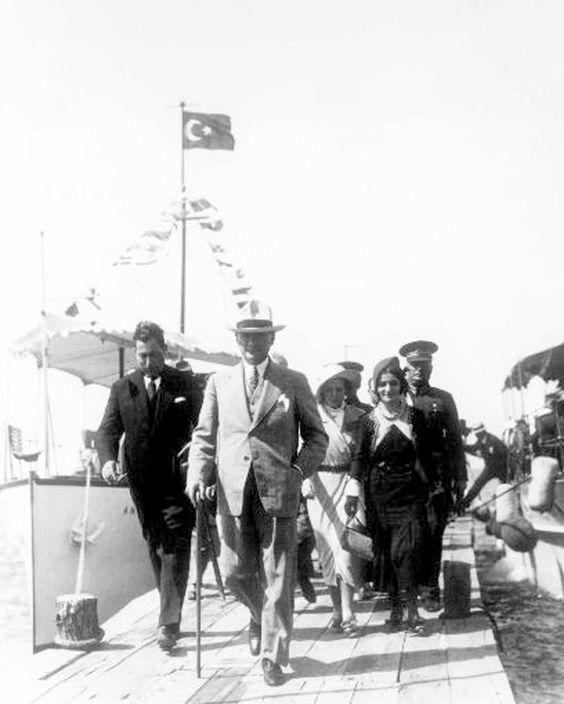 Atatürk'ün bilinmeyen fotoğrafları