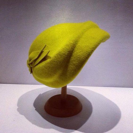 40er Jahre - 30er Jahre Cloche Pillbox 40er Jahre Hut Filzhut - ein Designerstück von Antia-Hut-Mode bei DaWanda
