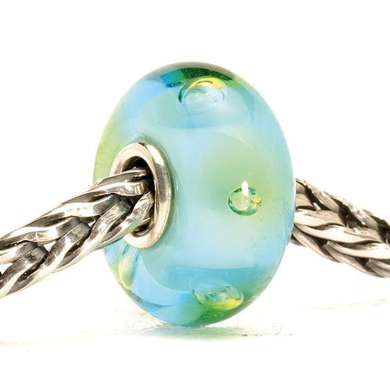 trollbeadsakron.com - Turquoise Bubbles, $25.50 (http://trollbeadsakron.com/trollbeads-turquoise-bubbles/)