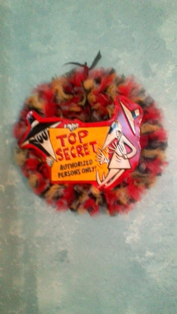 Spy vs. Spy Top Secret Tulle Wreath by TutuChicWreaths on Etsy