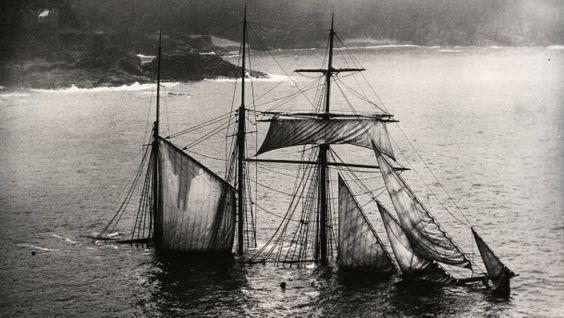 Historische Fotosammlung: Gefühlvoll gekentert