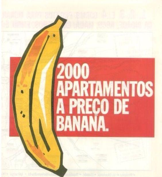 """Liquidação """"APARTAMENTOS A PREÇO DE BANANA"""" - Junho/1992 -estacionamento do Shopping Center El Dorado."""
