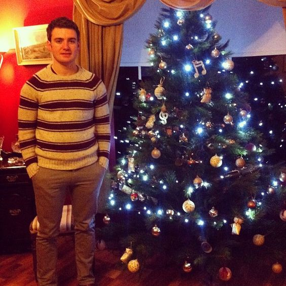 Happy Christmas folks hope you all have a great one, here's a look at the Cahill Christmas tree!     Photo by emmetcahill