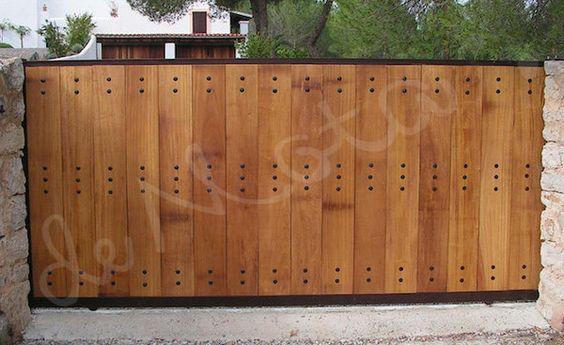 Portones en madera buscar con google portones de for Portones madera rusticos