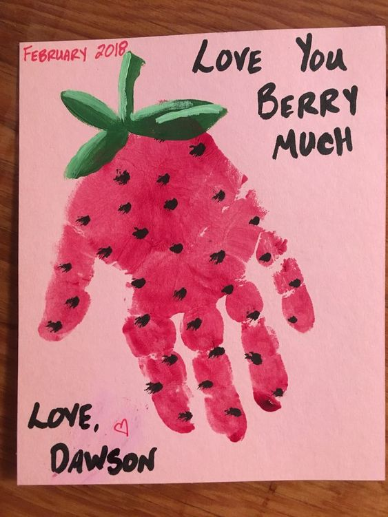 Valentine's Day craft for kids to parents.  Moms and Dads will love getting this from their little baby!