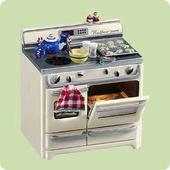 Hallmark Magic Ornament 2004 Christmas Cookies - Oven - #QLX7611-SDB