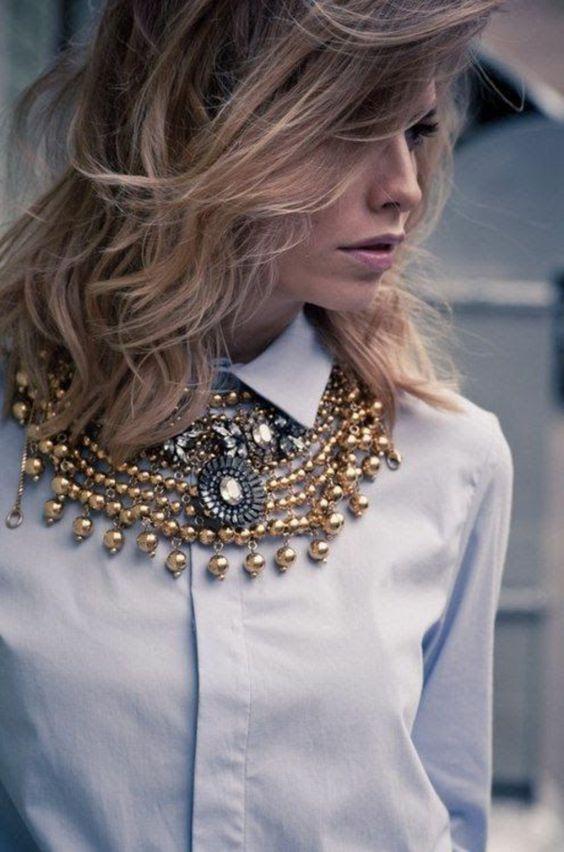 collier plastron, fausses perles