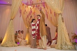 such a modern twist on the traditional mandap!