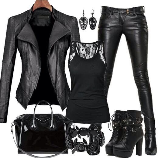 Black leather from head to toe... Amazing look!