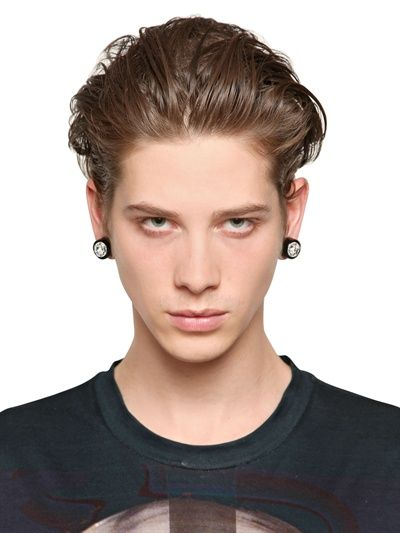 GIVENCHY oversize swarovski magnetic earrings... WANT!
