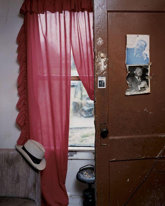 Alec Soth, Jimmie's Apartment, Memphis, TN,2002
