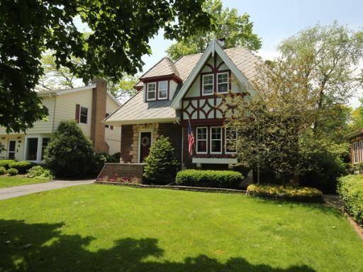 Love ths quaint home.