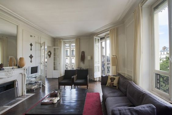 A peaceful haven in the heart of the mythical Quartier Latin in Paris. Sunny, Beautiful with ravishing details.
